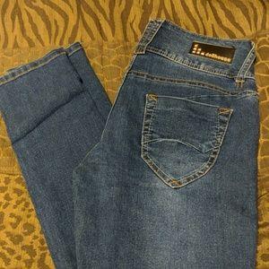 Dollhouse jeans size 9